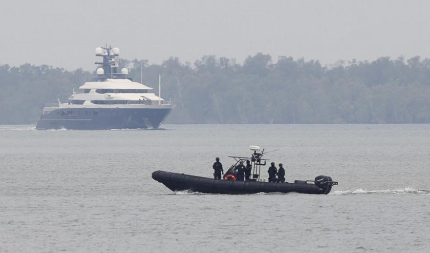 Ανατροπή σκάφους και επτά νεκροί λόγω μιας... selfie