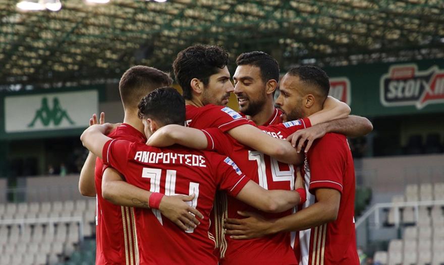 Έκλεψε ο Μασούρας, έκανε το 3-0 ο Ελ Αραμπί!