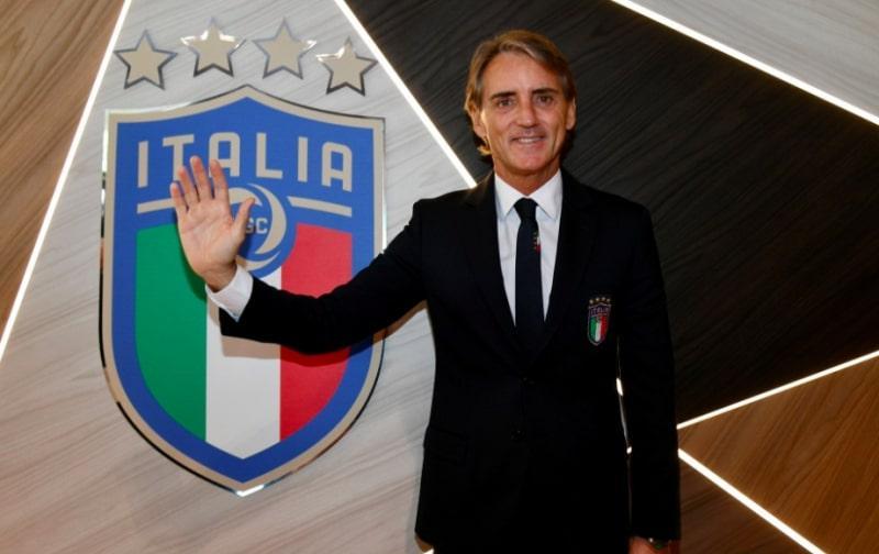 Ρομπέρτο Μαντσίνι: Ανανέωσε με εθνική Ιταλίας