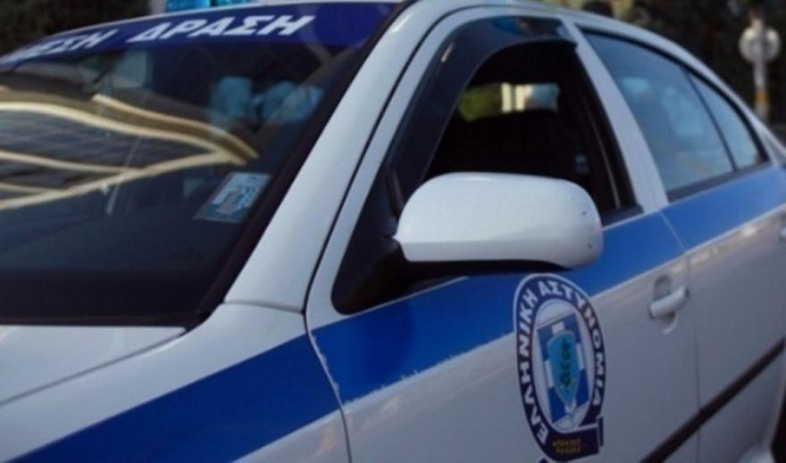 Θεσσαλονίκη: Προσφέρθηκαν να την πάνε σπίτι και τη λήστεψαν