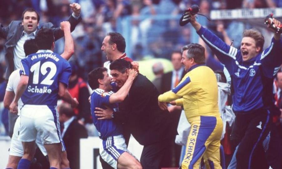 Σάλκε: Όταν έχασε τον τίτλο στο 94'