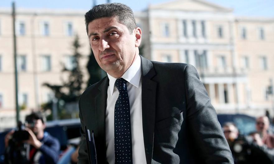 Αυγενάκης: Απειλεί με κυρώσεις την ΑΕΚ για τον κόσμο!