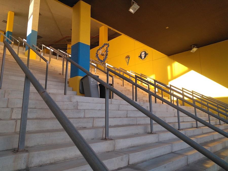 Καρμέλο Ναβάρο: Ο Μπεκενμπάουερ του Κόλπου
