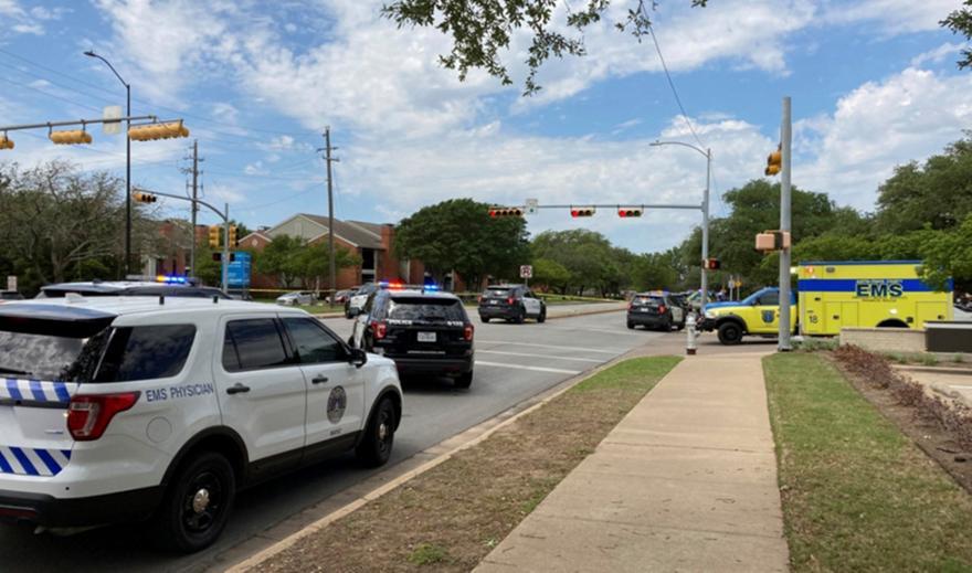 Μακελειό-Τέξας: 13 τραυματίες σε επεισόδιο με πυροβολισμούς