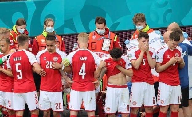 Δανία-Φινλανδία: Κατέρρευσε ο Έρικσεν, του έκαναν ανάνηψη!