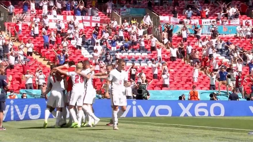 Αγγλία-Κροατία: Aσίστ του Φίλιπς και 1-0 o Στέρλινγκ