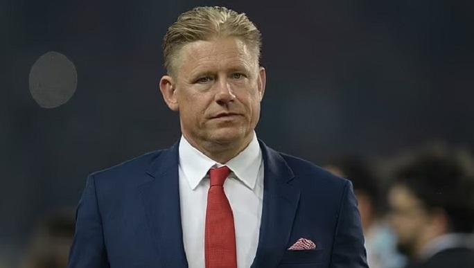 Πέτερ Σμάιχελ: Γελοία απόφαση της UEFA για Δανία-Φινλανδία