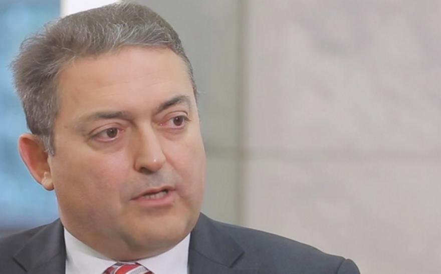 Βασιλακόπουλος: Αν καθυστερήσουν οι εμβολιασμοί