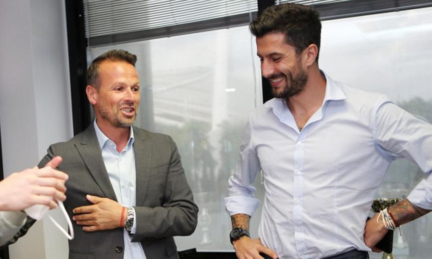 Κετσετζόγλου: «Θα ήταν καλή περίπτωση ένας παίκτης τύπου Κουρμπέλη για την ΑΕΚ»