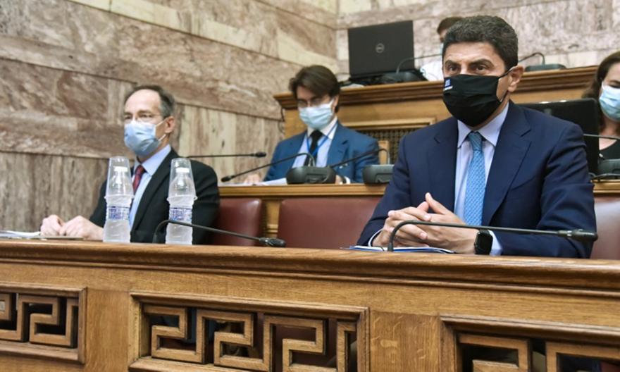 Βουλή: Ενστάσεις από ΕΠΟ και Super League για το νέο νόμο