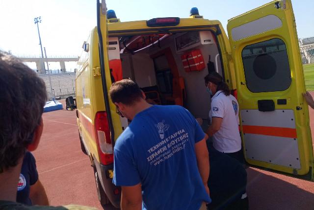 Πανθεσσαλικό: Τροχαίο με δύο τραυματίες μέσα στο στάδιο