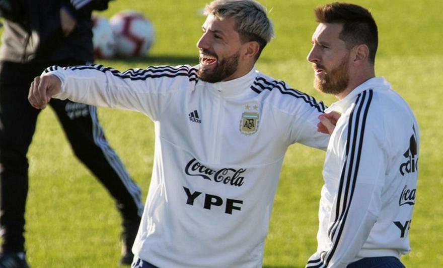 Λαπόρτα:Ο Αγουέρο προσπαθεί να πείσει τον Μέσι να ανανεώσει