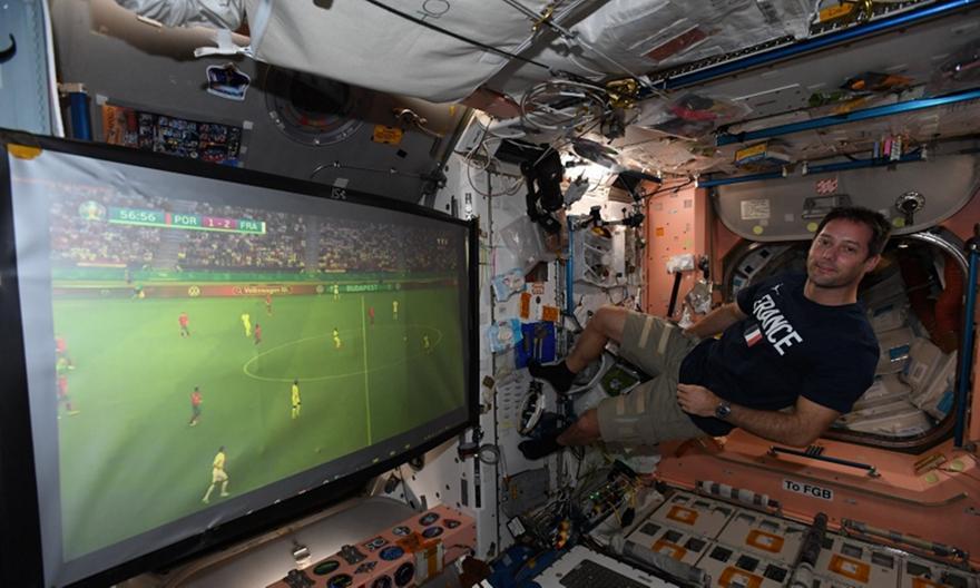 Γαλλία-Πορτογαλία: Έτσι το έβλεπε ο αστροναύτης Τόμας Πεσκέ