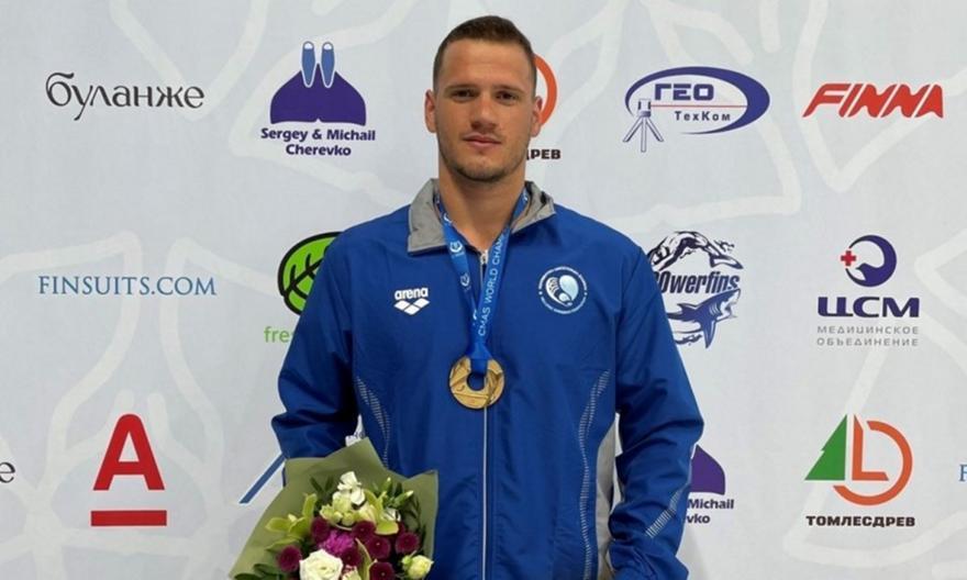 Χρυσό μετάλλιο ο Μυλωνάκης στο Παγκόσμιο τεχνικής κολ.