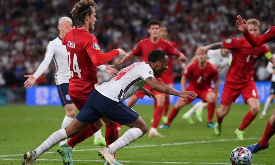 Euro 2020: Ο VARίστας του Αγγλία-Δανία ορίστηκε στον τελικό
