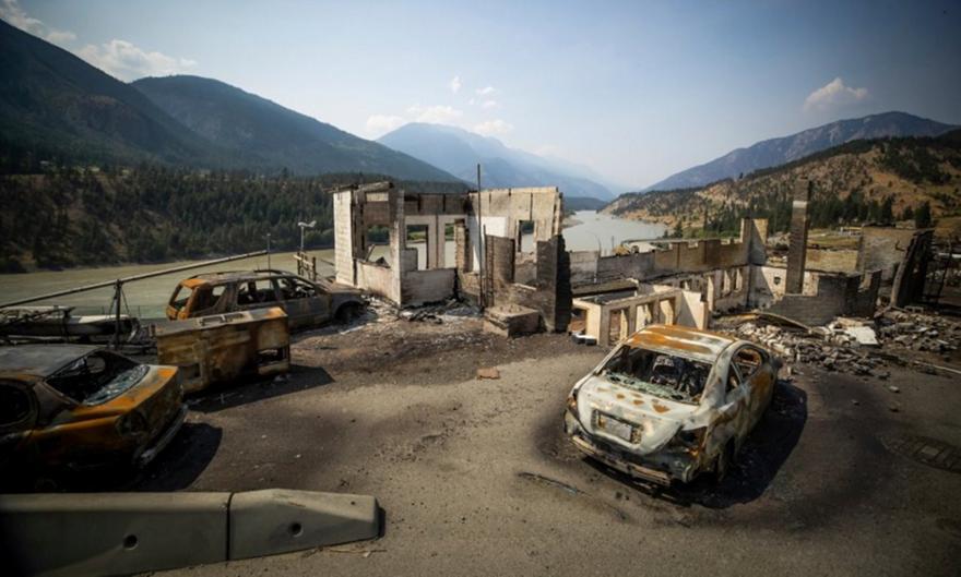 Καναδάς: Ακραία θεωρία συνωμοσιολόγων για λέιζερ