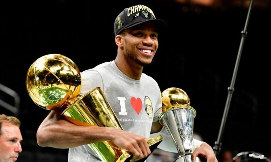 Giannis: Οι haters ψάχνουν τρύπα να κρυφτούν!