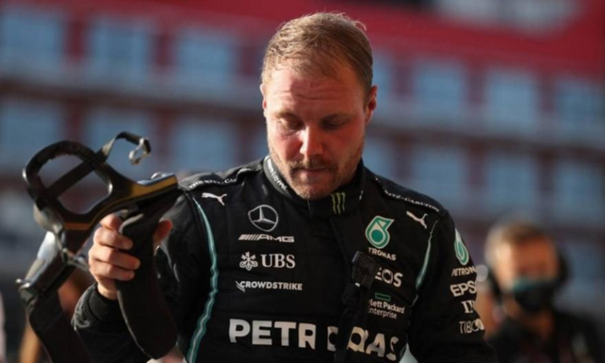 F1: Κρούση της Alfa Romeo στον Βάλτερι Μπότας!
