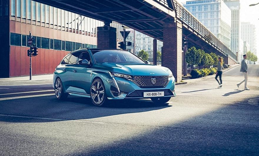 Εξηλεκτρίστηκε το 70% των Peugeot το 2021