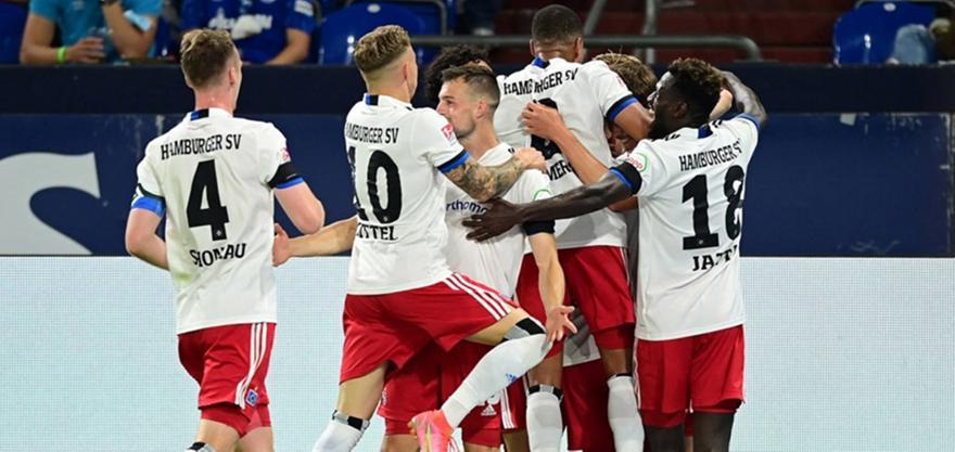 Σάλκε-Αμβούργο: 1-3