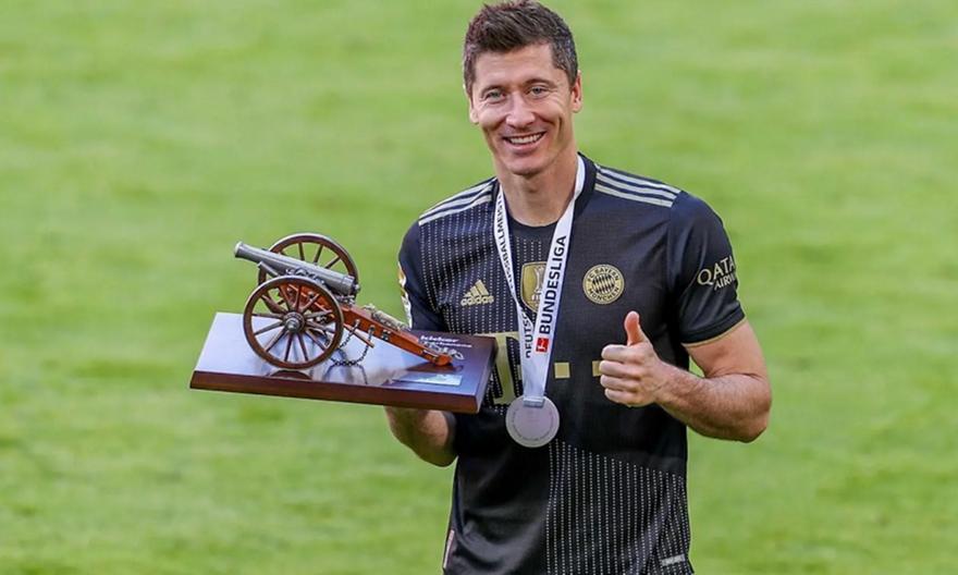 Παίκτης της χρονιάς στη Γερμανία ο Λεβαντόφσκι