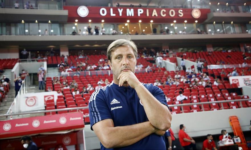 Ολυμπιακός: Ζορίζεται, αλλά το πιστεύει ο Μαρτίνς