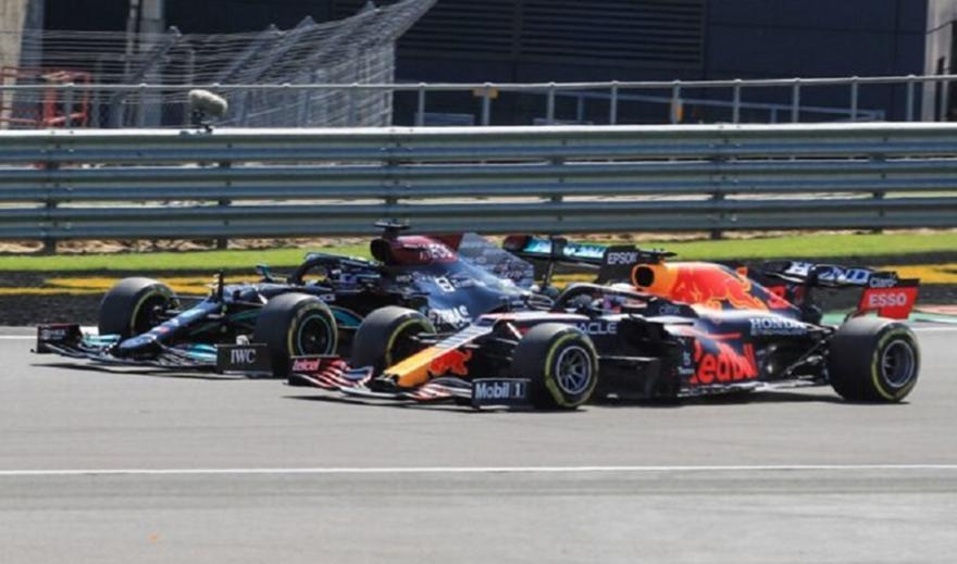 FIA: Επανεξετάζει το ενδεχόμενο νέας τιμωρίας στον Χάμιλτον