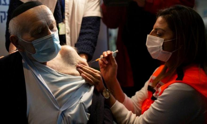 Ισραήλ: Η κυβέρνηση καλεί τους άνω των 60 και για 3η δόση