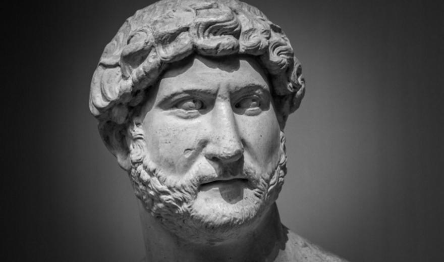 Κρήτη: Αρχαιολογική σκαπάνη αποκάλυψε άγαλμα του Αδριανού