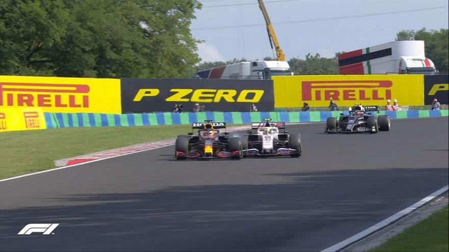 Formula 1: Συνεχίζει με… σπασμένο μονοθέσιο ο Φερστάπεν!