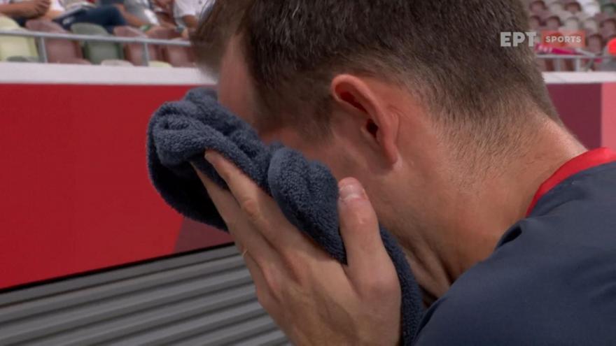 Φοβερή στιγμή: Τα δάκρυα του Λαβιλενί