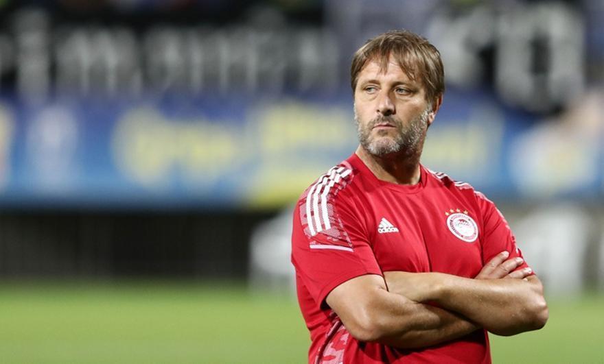 Νικολακόπουλος: «Θέλει νίκη έστω και με μισό μηδέν ο Μαρτίνς»