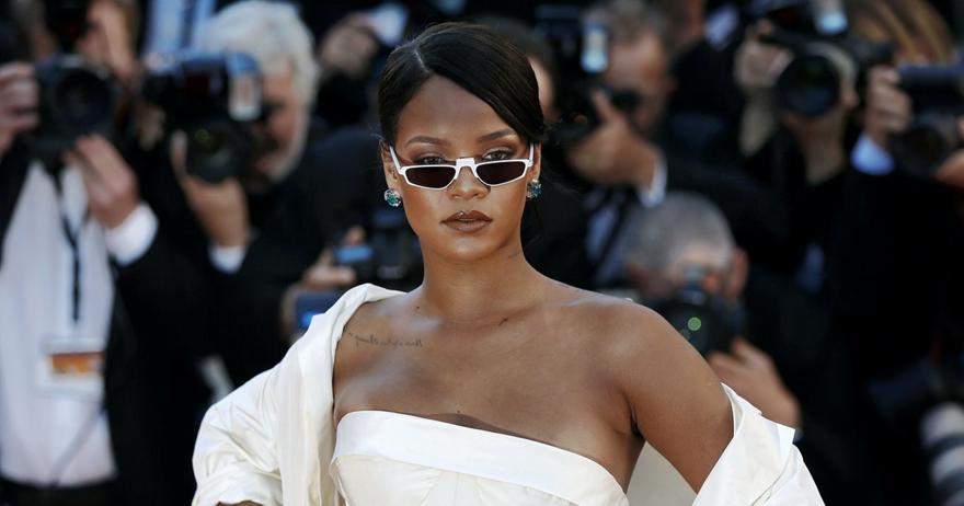 Rihanna: Είναι κι επίσημα δισεκατομμυριούχος