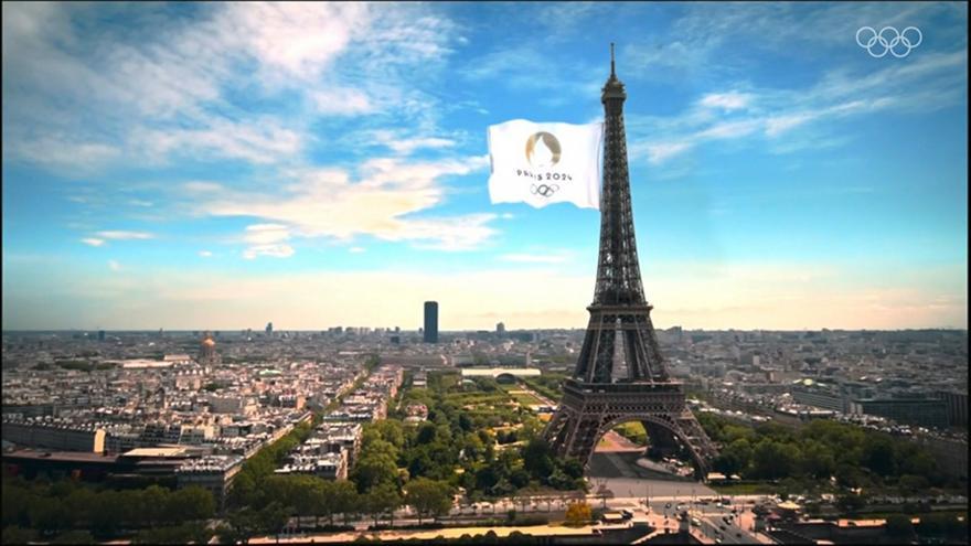 Παρίσι: Θεαματική ατμόσφαιρα για τους Ολυμπιακούς του 2024