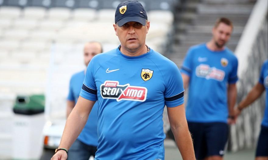 Μιλόγεβιτς σε παίκτες της ΑΕΚ: «Πρέπει να τρώμε σίδερα»