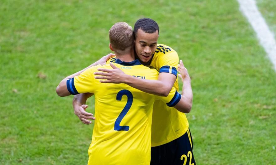 Ντεμπούτο με την εθνική Σουηδίας για Σούντγκρεν