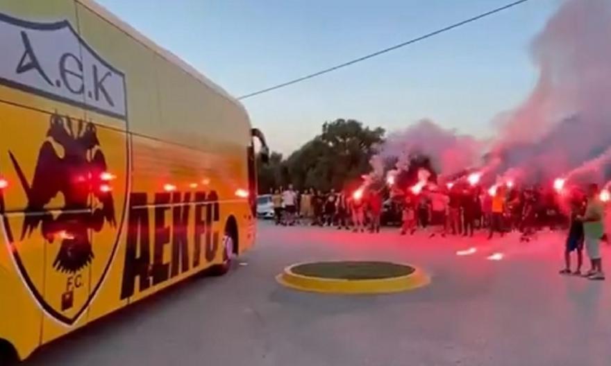 ΑΕΚ: Οπαδοί στα Σπάτα και ντόπες για πρωτάθλημα!