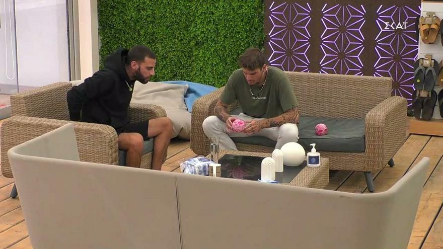 Big Brother: Ο Νίκος είπε στον Στιβ να απολογηθεί στη Μαίρη