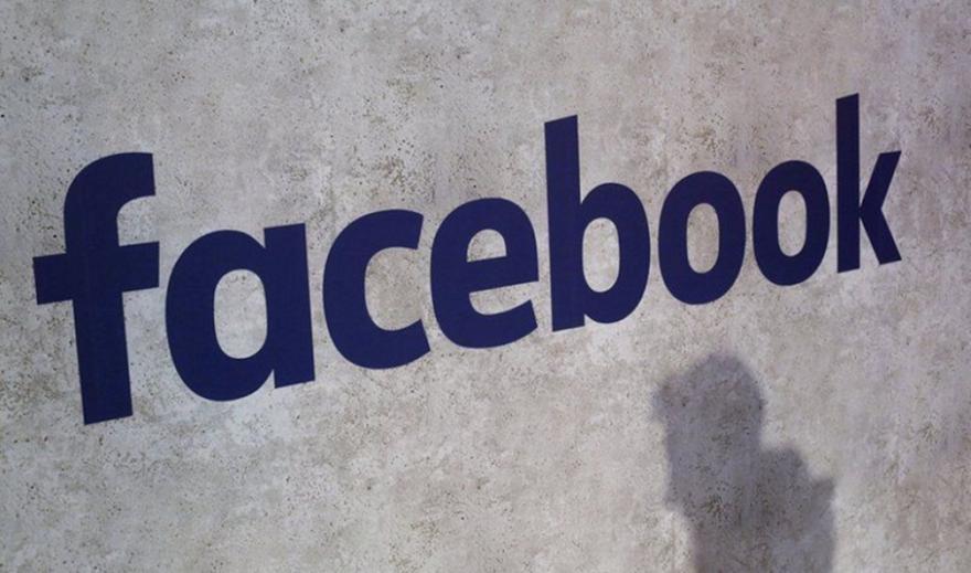 Το Facebook διέγραψε λογαριασμούς αντιεμβολιαστών