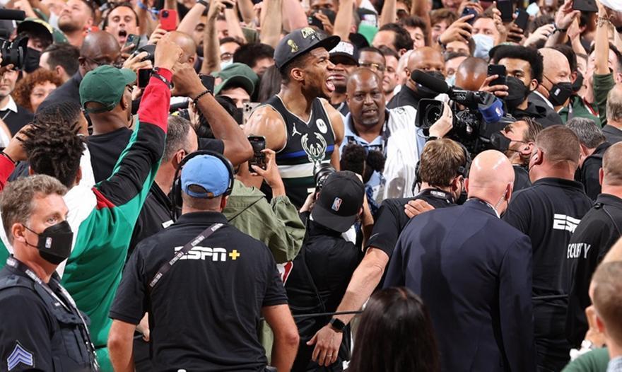 ESPN: «Πρώτο φαβορί για MVP o Ντουράντ, δεύτερο ο Γιάννης»