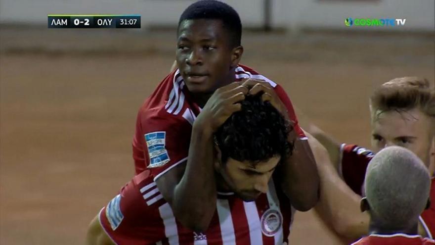 Μπουχαλάκης και 2-0 ο Ολυμπιακός στη Λαμία