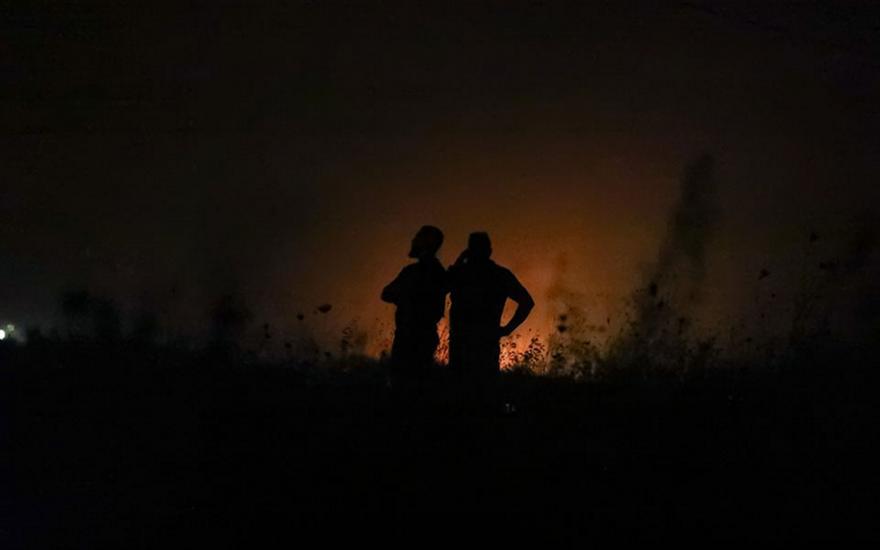 Σάμος: Φωτιά στο ΚΥΤ στο Βαθύ