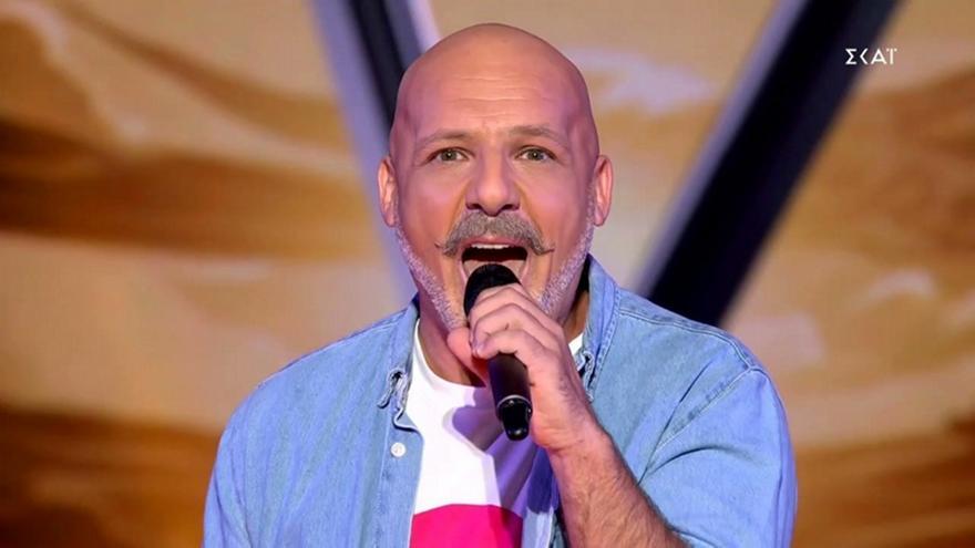 The Voice: Ο Μουτσινάς τραγούδησε Μαρινέλλα, έφαγε άκυρο