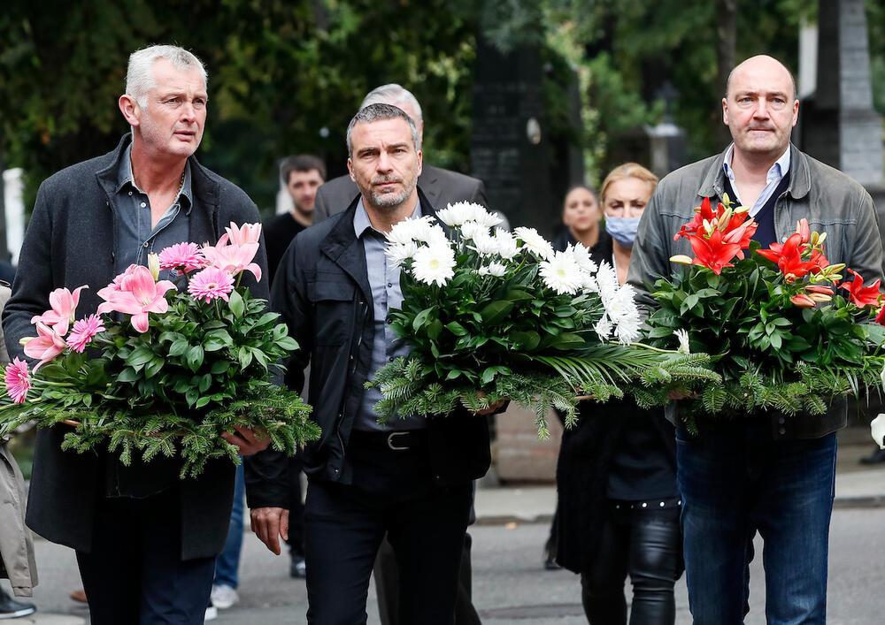 Ίβκοβιτς: Ο Ομπράντοβιτς κουβάλησε το φέρετρό του!