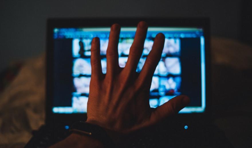 Φυλάκιση σε 25χρονο που δημοσίευσε βίντεο με ανήλικη