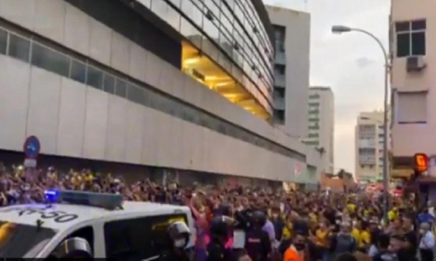 Μπαρτσελόνα: Τρολάρισμα των οπαδών της Κάντιθ!