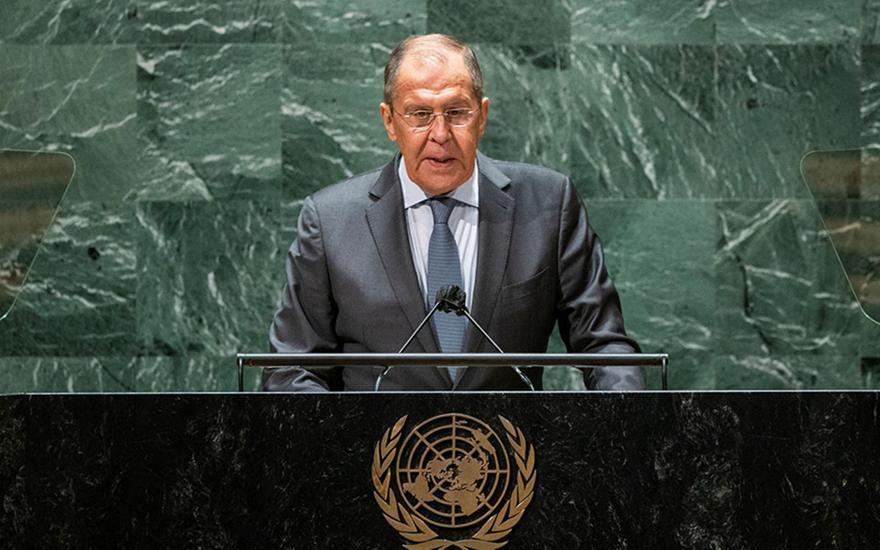 Λαβρόφ: Υποκριτής ο Μπάιντεν
