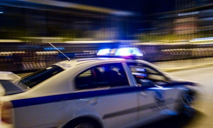 Ληστεία με καλάσνικοφ στη Μητροπόλεως: Συνελήφθη δράστης