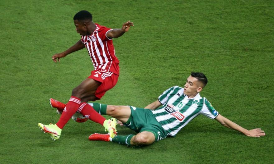 Αλεξανδρόπουλος: «Με κάνουν καλύτερο οι παίκτες που έχουμε στην θέση μου»